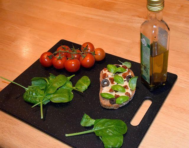 Plant Based Gathering: Vegan mozzarella 'cause everything is possible!