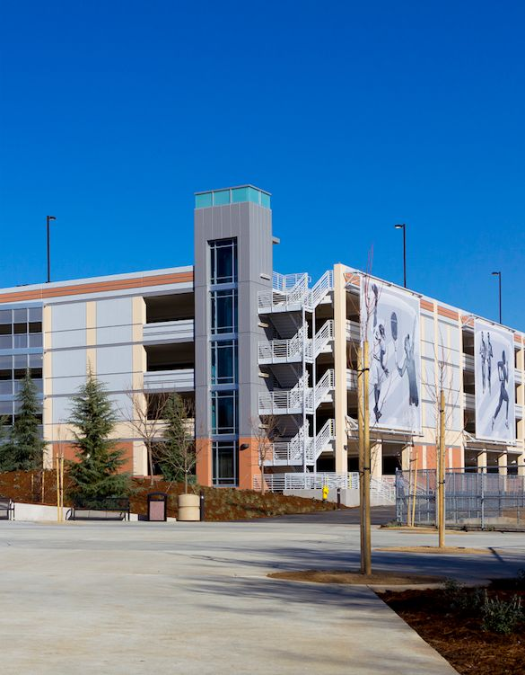 Best Design of a Parking Facility with More than 800 Spaces: American River College Parking Structure, Los Rios Community College District, Sacramento, Calif.