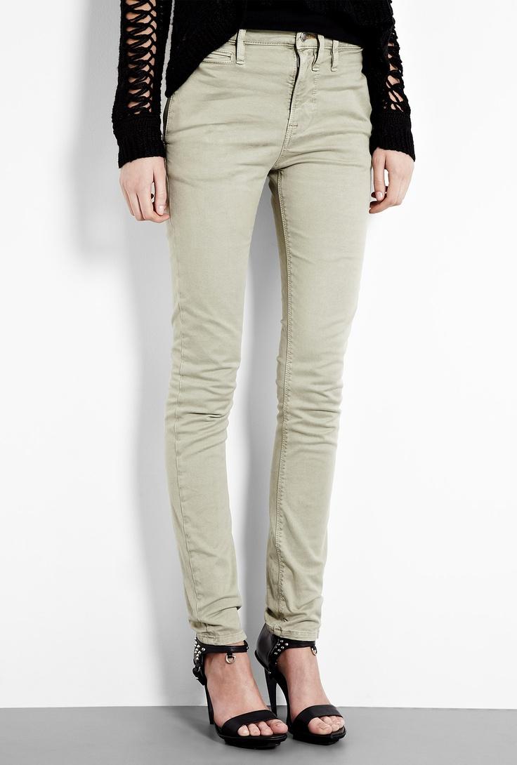 I'm actually really feeling the khaki skinny jeans