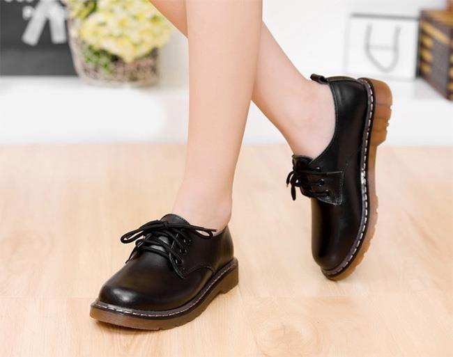 Svarta skor i riktiga ko-skin, strl #36 på Tradera.com - Stövletter -