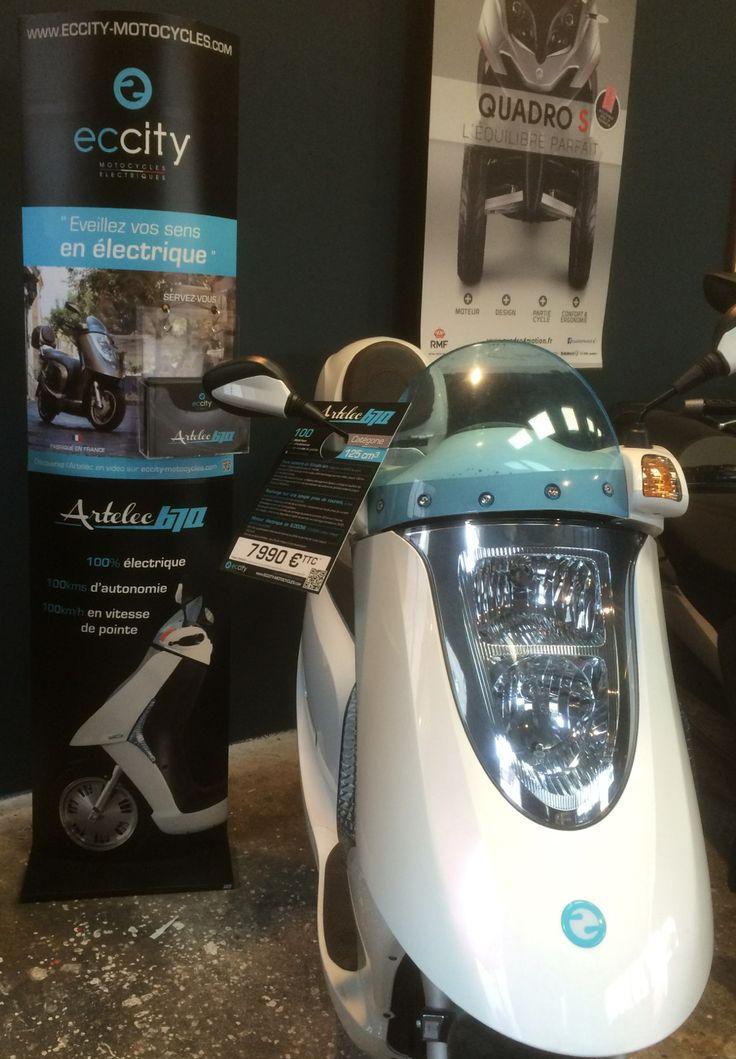 Venez admirer et essayer l'Artelec 670 à La Grange à Scooters sur Paris. Il est prêt à vous séduire habillé de son plus bel apparat !