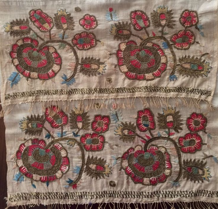 19th LARGE ANTIQUE OTTOMAN-TURKISH  GOLD METALLIC HAND EMBROIDERY ON LINEN