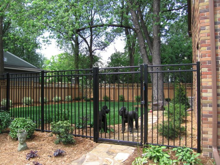 Best Wrought Iron Fencing With Black Powder Coat For Low 400 x 300