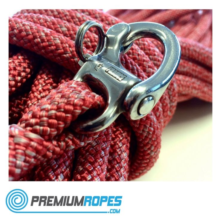 Dyneema rope with eyesplice attached to a Wichard shackle  #premiumropes…