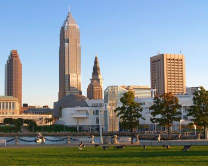 The city of Cleveland Ohio will keep you entertained from the moment you arrive on your flight to Ohio. Cleveland tourism gives other Ohio cities a run for its money packing in an incredible amount of things to do and city attractions. The concentrated amount of events and attractions alone keep visitors extremely busy! Tack on neighborhood tours, fantastic cinemas, Cleveland golf, excellent live music, many parks, gardens, theaters and more and visitors get an idea of just how exciting…