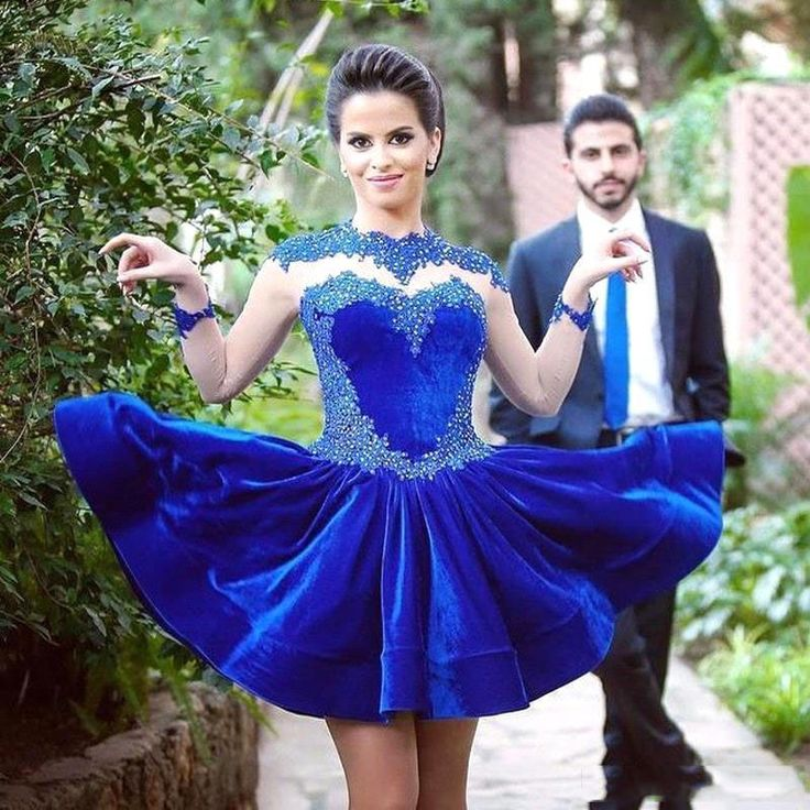 2016 Spring Royal Blue Short Cocktail Dress Long Sleeve Sheer Neckline Velvet Applique Beads Short Prom Party Dress Arabic Style