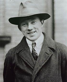 量子力学の基礎を築いた物理学者、ハイゼンベルク