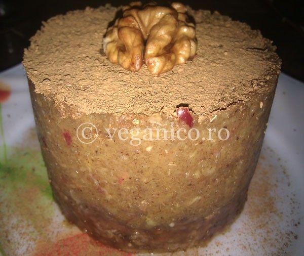 Prajitura Raw-Vegana cu Mere si Portocale - http://veganico.ro/prajitura-raw-vegana-cu-mere-si-portocale/