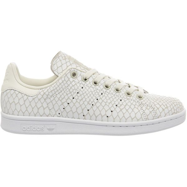 Adidas Stan Smith (665 DKK) ❤ liked on Polyvore featuring shoes, perforated shoes, off white shoes, snake shoes, adidas and adidas footwear