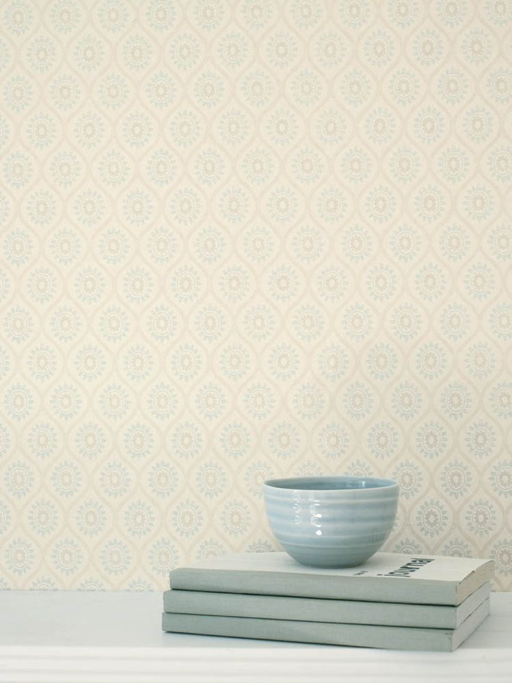 Colefax And Fowler's Brightwell #colefaxandfowler #wallpaper #wallcovering