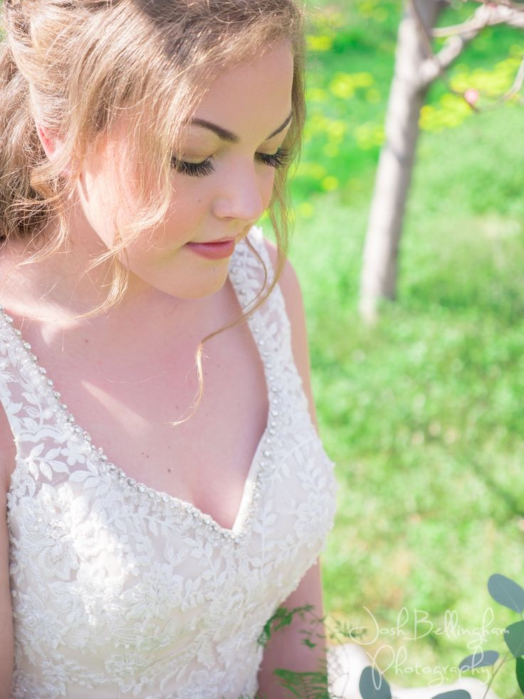 Gorgeous Bride with hair and make-up done by the talented Paje at Honor Beauty @pajehonor @constellationev   #JoshBellinghamPhotography