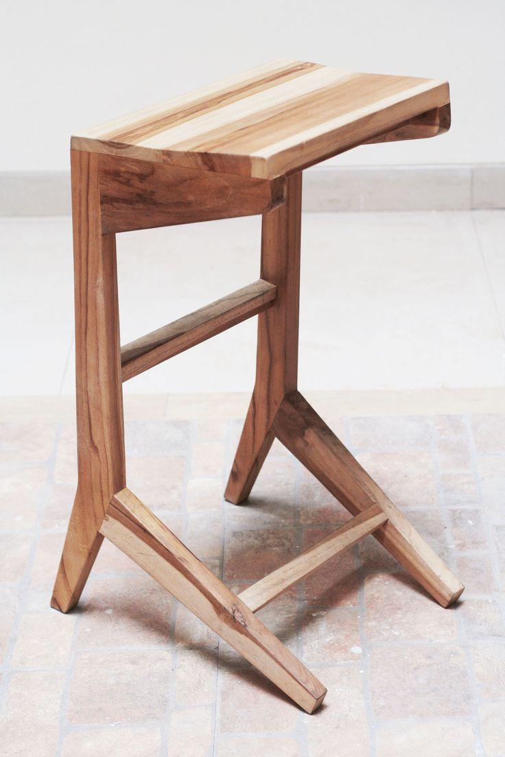 Perfect set for contemporary style. Size    :H 75cm,                              W 45cm,                              D 136cm Product Details    :teak wood Price            :Rp 840 m00 | www.levardi.com
