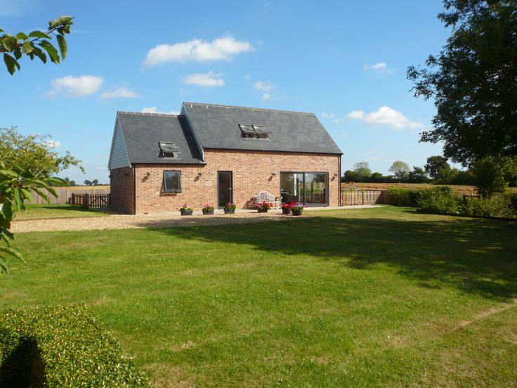 Hillcrest at Kelsale Holiday Cottages in Suffolk, UK. Luxury boutique self-catering cottage.