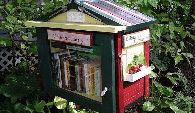 No sólo son perfectas para hacer amigos y para fomentar el hábito de lectura. Estas pequeñas bibliotecas gratuitas, un auténtico fenómeno en Estados Unidos