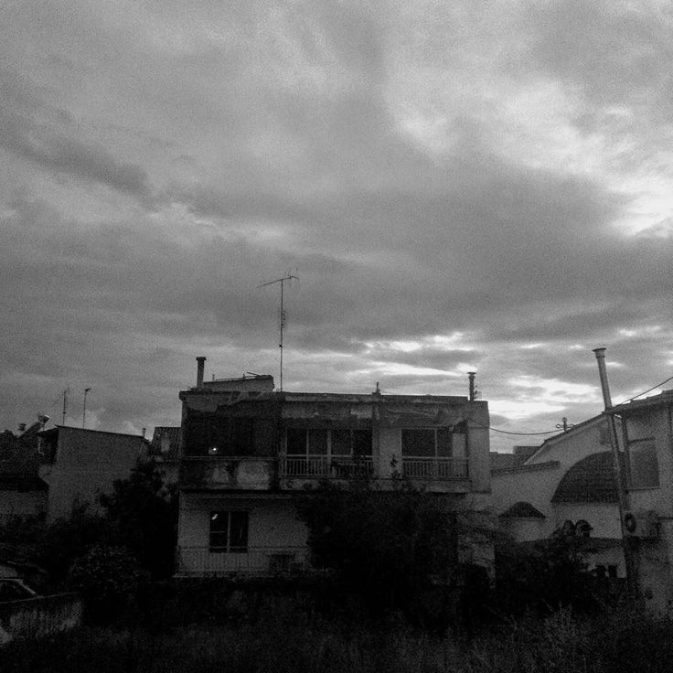 Hurried clouds