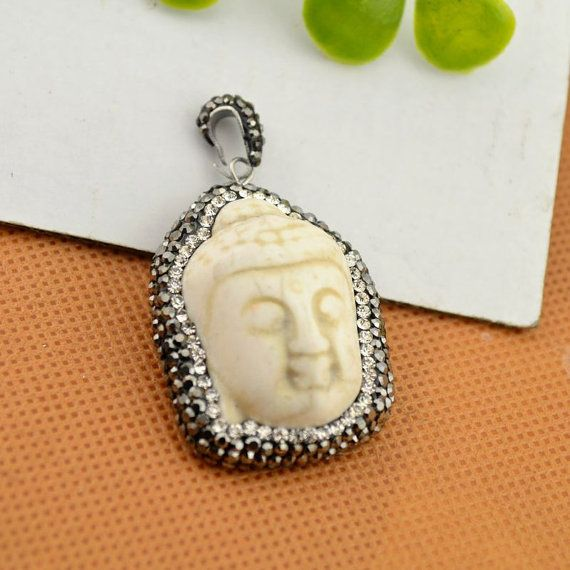3Pcs White Turquoise Buddha head pendant Paved por PudingJewelry