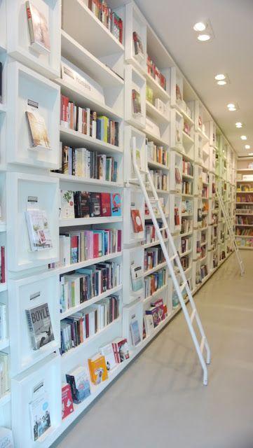 """Buchhandlung """"stories"""" Hamburg Eppendort + """"cucinaria"""" (Gekochtes und Gebackenes) nebenan.  *Lykkelig Blog"""