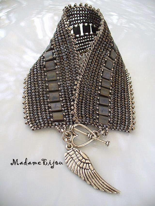 Madame Bijou: Angel Wing gray :):Love the subtle color combination