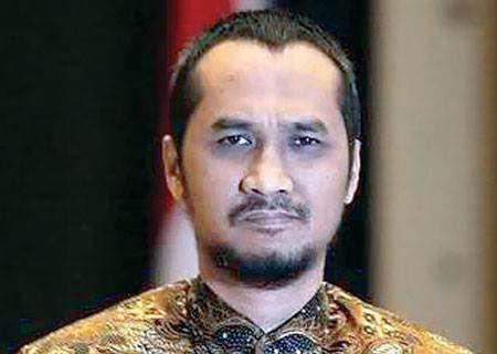 Abraham Samad Harus Mundur Karena Tidak Konsisten | Radio Internet Lombok [R][i][L]