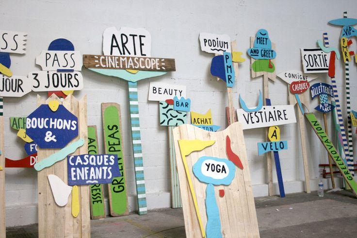 Geoffroy Pithon avec des étudiants de l'école Camondo, signalétique du festival We Love Green, peinture sur bois, septembre 2012