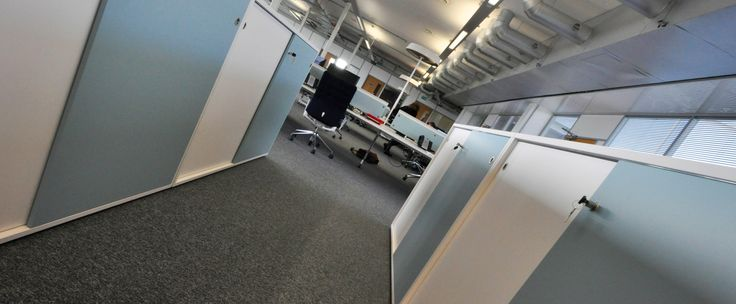 University of Bath - East Building: Wernerworks storage with Vitra Ad-hoc desking and Vitra ID chairs.