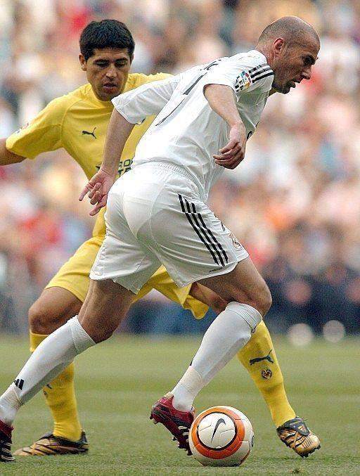Juan Román Riquleme vs Zinedine Zidane ¡Vaya imagen!