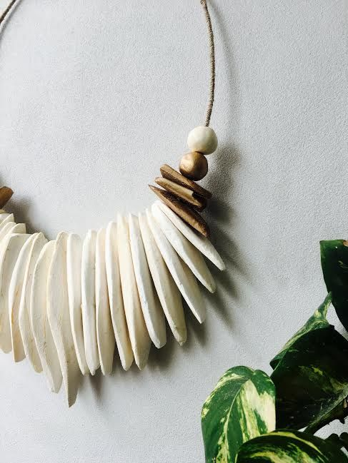 Handmade & carefully crafted Cuttlefish Wall Hanging with gold sides made by me! One of my FAV designs! :) Available via Etsy: https://www.etsy.com/au/shop/DesignsbyZar?ref=hdr_shop_menu