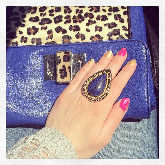 Pink and yellow nails with sparkly details and Samantha Wills bohemian bardot lapis ring ✨