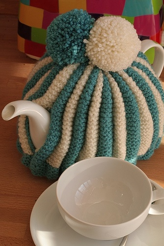 tea cosy - my mother-in-law used to make this pattern. I should have got her to teach me how ...
