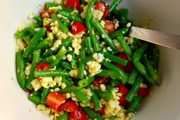 Garlicky Green Bean, Sweet Corn and Tomato Salad | Recipes | Pinterest