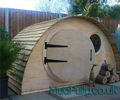 Hobbit Hidey Hole Playhouse  MudPutty.co.uk