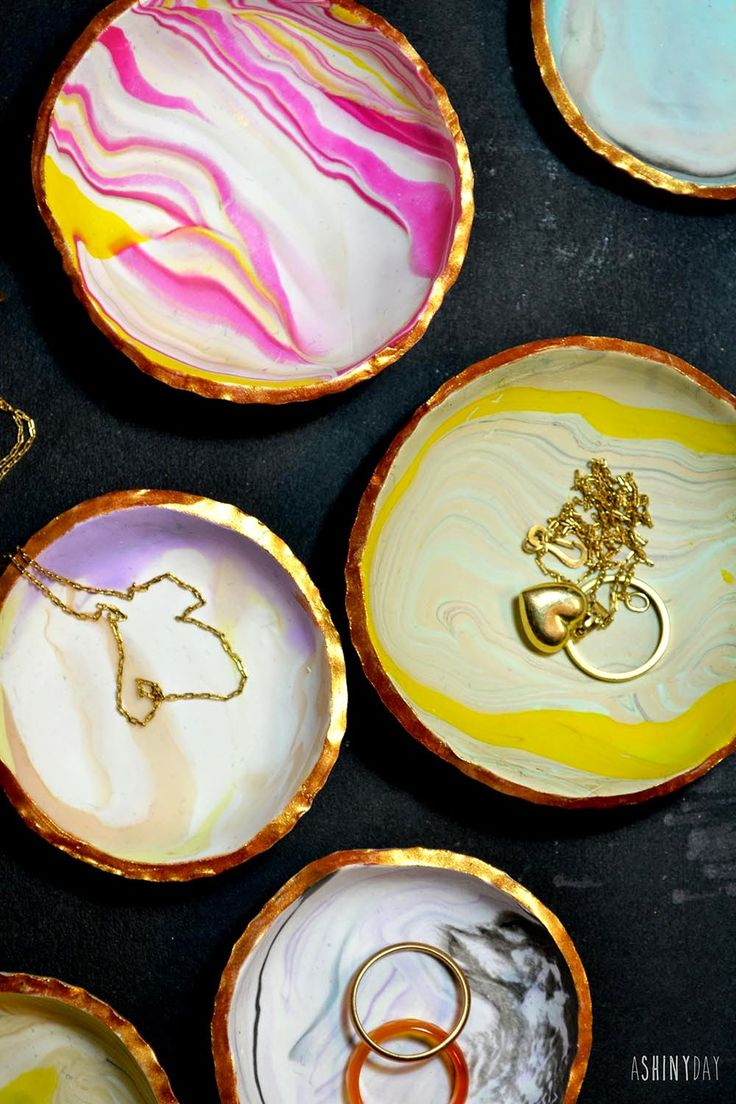 Marbled Ring Dishes! So cute!