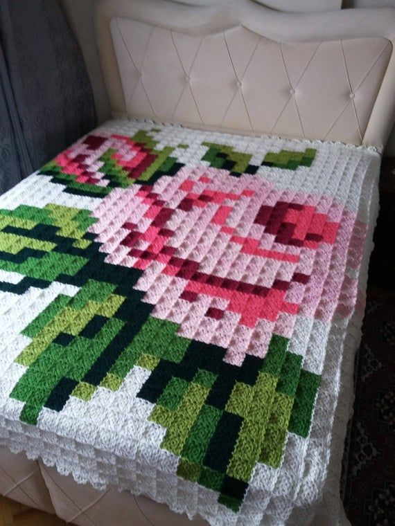 Granny Square Crochet Afghan blanket, handmade blanket with rose desing for double bed, King size bed throw blanket