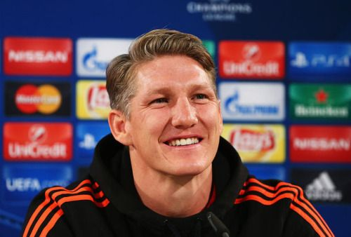 02-17 Man Utd team news: Bastian Schweinsteiger in squad for... #ManchesterUnited: 02-17 Man Utd team news: Bastian… #ManchesterUnited