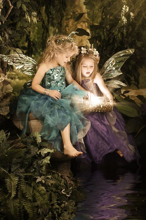 (via Pin by Connie Baten on A Secret Garden Full of Fairies Magical Crea…)