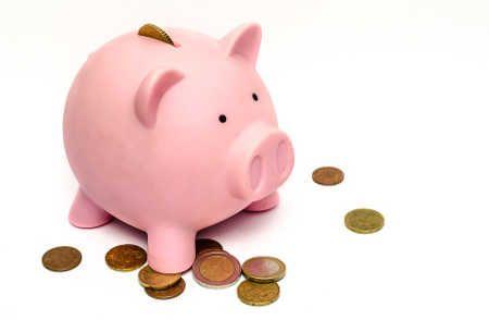 Jak możesz zaoszczędzić ponad 200zł miesięcznie - sprawdzone porady http://finansenaplus.pl/jak-zaoszczedzic-200-zl-miesiecznie/