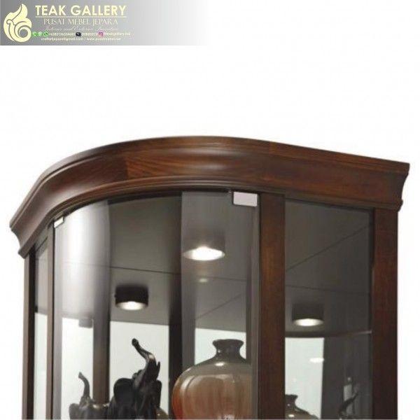 Lemari Sudut Minimalis Modern Terbaru merupakan produk Mebel Minimalis Terbaru dari Teak Gallery - Pusat Mebel Jepara dengan peruntukan sebagai Lemari Sudut Jati berbagai aksesoris, foto maupun benda-benda kesayangan Anda dan keluarga, disamping itu juga untuk melengkapi kebutuhan furniture modern Set Ruang Tamu Anda. Lemari Hias Minimalis Modern ini terbuat dari material bahan yang berkualitas, mulai dari Model Lemari Hias Terbaru, bahan baku kayu Jati pilihan, Pewarnaan natural kayu
