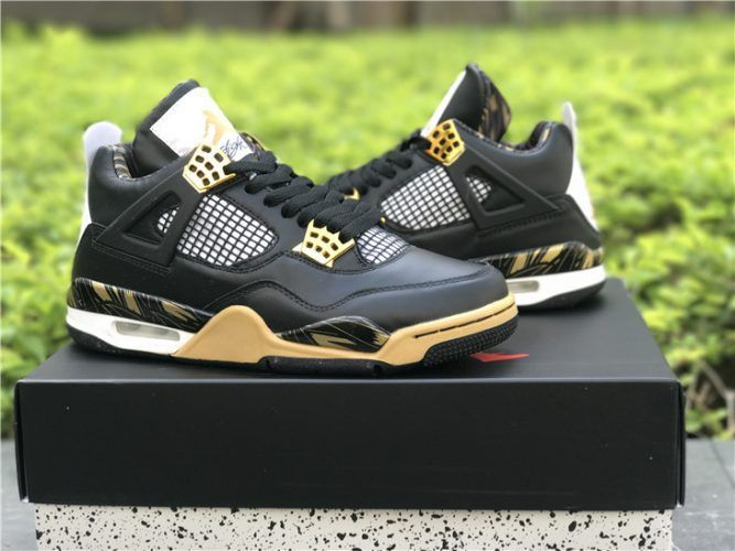 Shop Air Jordan 4 Retro Wings - Black