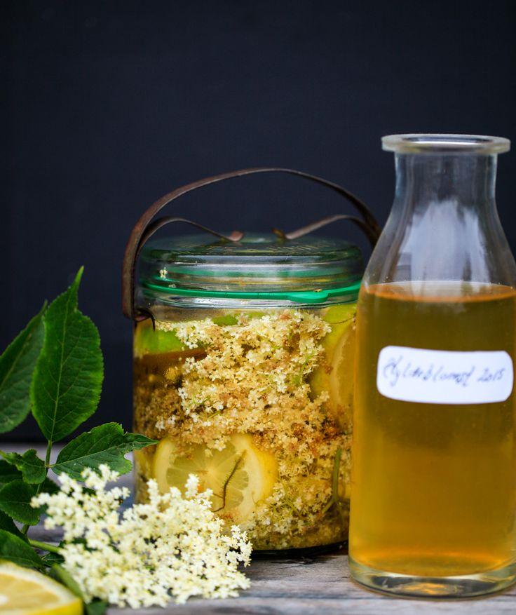 Hyldeblomstsaft uden tilsat sukker