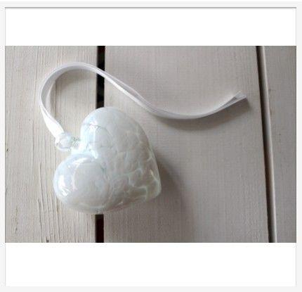 LumleyLocket.com - Today's Gifts, Tomorrow's Treasures - Glass Heart