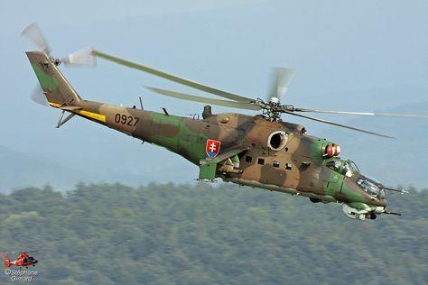 Slovak Army MI24 helicopter, Photo : Stéphane Gimard