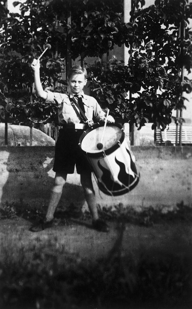 Trommler in der Kinderlandverschickung, 1944