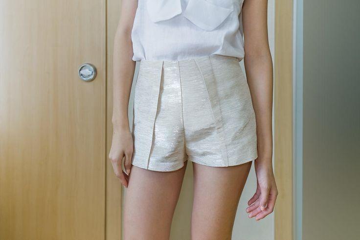 pinstripe short pants from Kakuu Basic. Saved to Kakuu Basic Pants. Shop more products from Kakuu Basic on Wanelo.