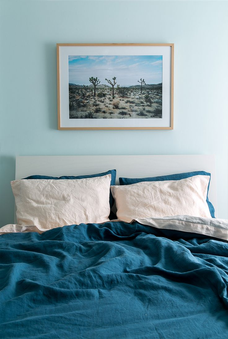 be the style inspiration for your bedroom makeover with help from the simplistic decor and muted blue color scheme are sure to give you the design ideas - Design Ideas For Bedroom