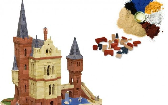 Ciao Plastik und Hallo Kreide, Quarzsand, Farbpigmente und Leinöl: diese Lego-Alternative aus Deutschland besteht aus reinen Naturmaterialien