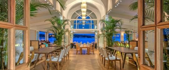 Ark bar restaurant αστέρια γλυφάδας http://goout.gr/bars-cafe/ark-bar-restaurant-glyfada