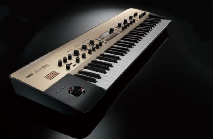 Korg Kingkorg Synthesizer £950.00