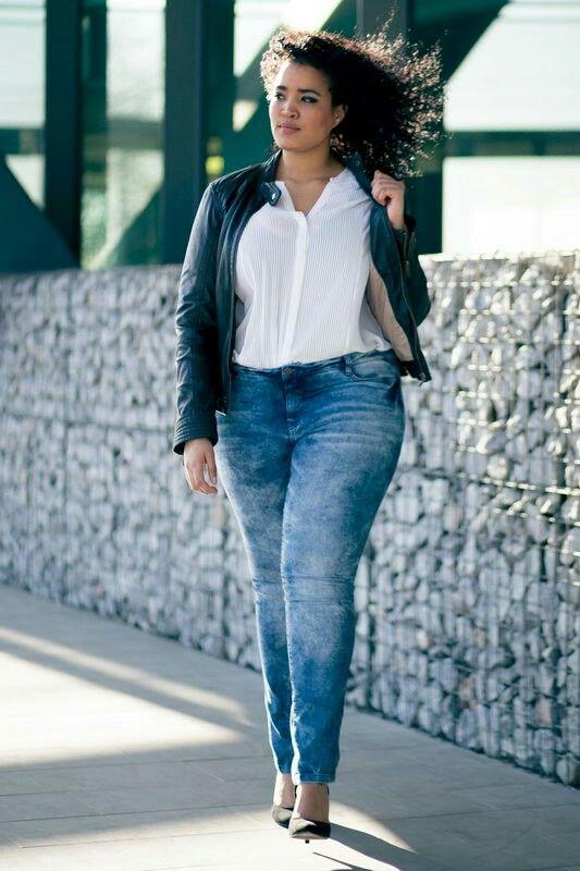 Gisela. Curvy OutfitsHay