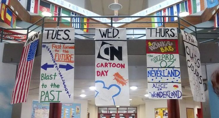 "Associated Student Body (ASB) members decided on the homecoming spirit days at the ASB meeting held Oct. 3 before school in the theater. The homecoming spirit week is Oct. 13th to 17th. The week will start with ""'Murica Monday,"" so students can show their patriotic side and wear red, white and blue. Next will be..."