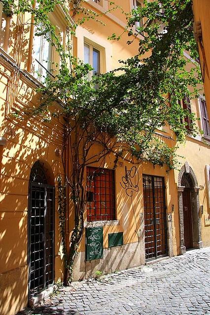Roma , Italy.Camino de la Via Margutta, que película .!